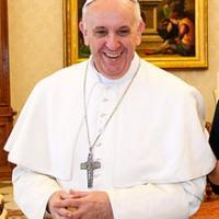 El Papa demana a Estrasburg que Europa no giri entorn a l'economia sinó a la persona